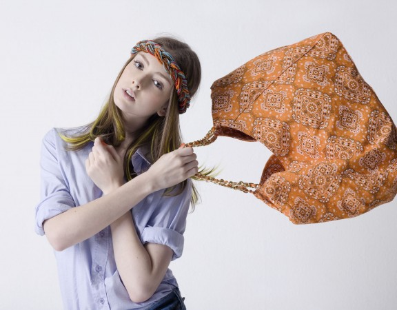 mulher-bolsa